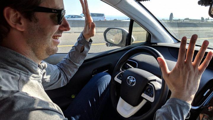 Беспилотному автомобилю впервые удалось проехать без вмешательства водителя 5000 км от Сан-Франциско до Нью-Йорка