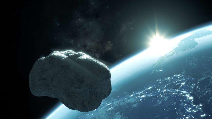 Ученые вновь «пугают» столкновением с астероидом Апофис