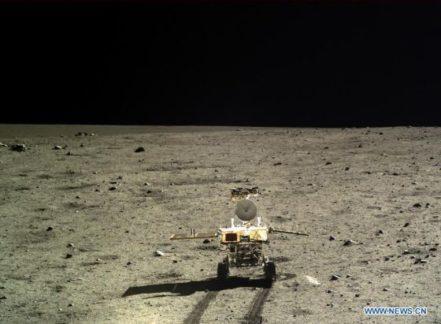 Китай рассматривает возможности высадки своих космонавтов на Луну