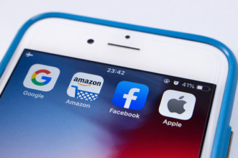 Технологические гиганты переводят сотрудников на гибридную работу   Бизнес на Рынке ИТ