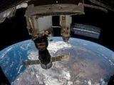 Экипаж российского сегмента МКС тестирует и интегрирует робота-манипулятора